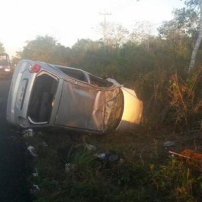 Volcadura en la carretera Cancún-Mérida sin víctimas mortales