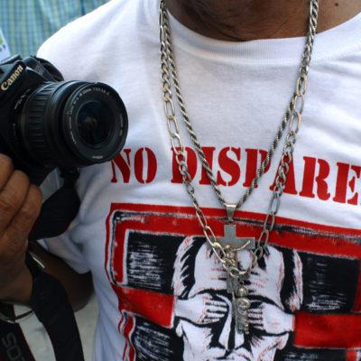 """""""¡BÁJALE DE HUEVOS!"""": Amenazan a otro periodista en Veracruz por cubrir hallazgo de fosas clandestinas"""