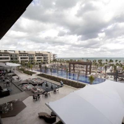 Tras inversión de 250 mdd, inauguran en Puerto Morelos hotel Royalton Riviera-Cancún con casi 1,200 cuartos