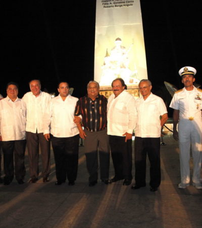 BORGE… ¿AL INFINITO Y MÁS ALLÁ?: En el último tramo de su mandato, busca Gobernador pasar a la historia… y manda inscribir su nombre en el emblemático obelisco de Chetumal