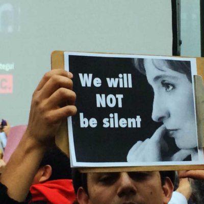 Sin respuesta por el caso Aristegui, MVS anuncia desaparición de la figura de 'ombudsman' de la audiencia