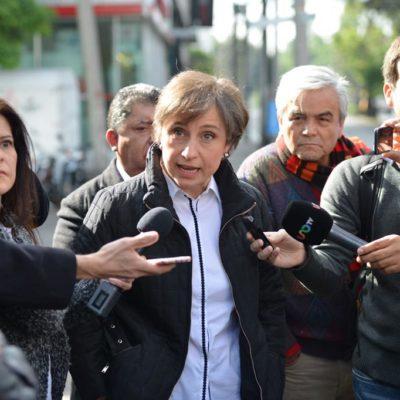 """""""VAMOS A DAR LA BATALLA"""": Despidos de Carmen Aristegui y sus colaboradores, """"planeados con mucha anticipación, muchos recursos y mucho poder"""", dice la periodista afuera de MVS; atentado a la libertad de expresión"""