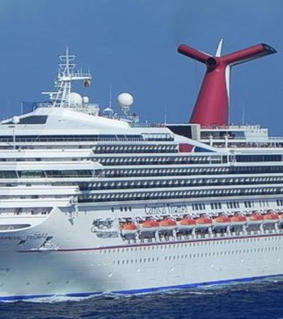 TRÁGICO VIAJE DE CRUCERO: Tras zarpar del puerto de Progreso, pasajero del 'Carnival Triumph' cae al mar