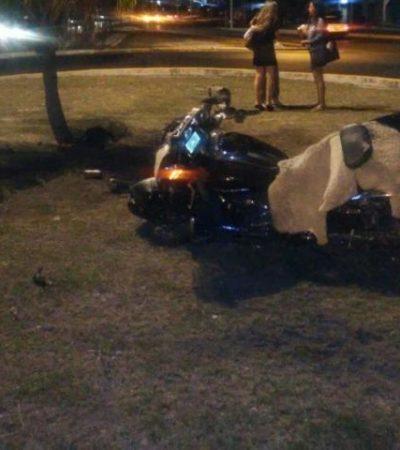 Derrapa en moto en el bulevard Colosio de Cancún y muere en el hospital