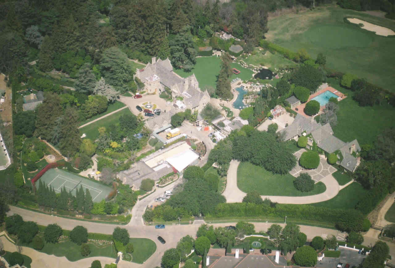 13-things-you-didn-t-know-about-the-playboy-mansion