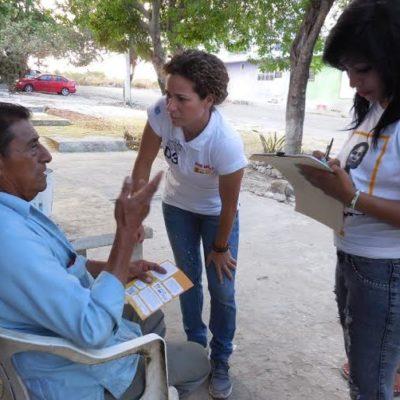 Recibe Iris Mora las demandas y el apoyo de vecinos de la colonia Donceles en Cancún