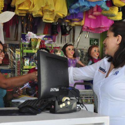 Con un recorrido por mercado de Tulum, inicia la panista Fabiola Ballesteros su campaña por el Distrito 01