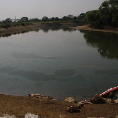 DERRAME DE ACEITE CONTAMINA RÍO: Ponen en cuarantena afluente en Tabasco por mancha de 40 kilómetros; peligran depósitos de agua