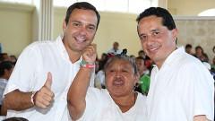 Rompeolas: Agarran a Paul Carrillo en reunión con ¡Carlos Joaquín!