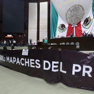"""""""SEDESOL, MAPACHES DEL PRI"""": Protestan diputados en el Congreso y piden la renuncia de Rosario Robles por desvío de recursos"""