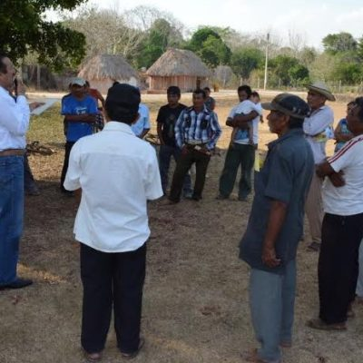 Recorre Domingo Flota poblados de la Zona Maya; conozco su problemática y voy a legislar para ellos, dice