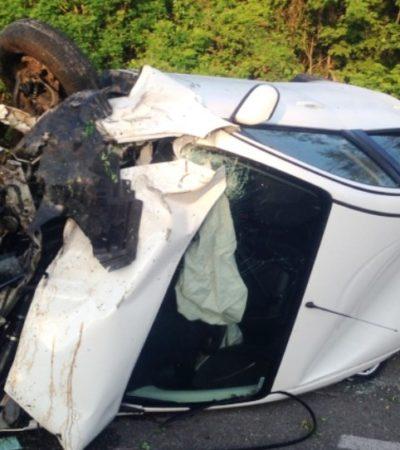 MORTAL ACCIDENTE EN ZONA MAYA: Muere conductor en volcadura en carretera de FCP; su acompañante, ilesa