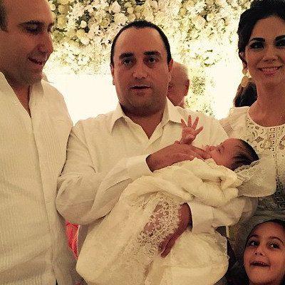Celebra Gobernador en grande bautizo de su segunda hija; Paulina Rubio y un líder petrolero, entre los padrinos