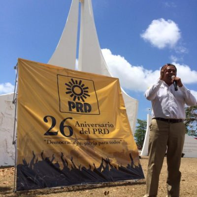 Rompeolas: Los nubarrones en el PRD en QR al cumplir 26 años