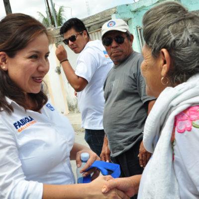 Combate a la pobreza para beneficio de las familias quintanarroenses, ofrece Fabiola Ballesteros en Cancún