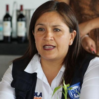 Invita Fabiola Ballesteros a empresarios a reflexionar su voto el próximo 7 junio