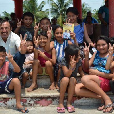 RESPALDA DOMINGO A MAESTROS: Propiciará mejores leyes para mejorar escuelas y garantizar educación gratuita