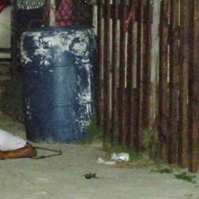 EJECUTAN DE 6 BALAZOS A COMERCIANTE EN PLAYA: A las puertas de su casa en Misión Las Flores, hombre es abatido por sicario; 4 crímenes en 10 días