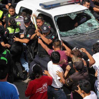 EL PUEBLO SE CANSA DE LA INSEGURIDAD: Vecinos se enfrentan a 300 policías tras intento de linchamiento de presuntos asaltantes