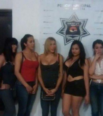 Detienen a otro grupo de travestis denunciados por acoso y prostitución en la Zona Hotelera de Cancún