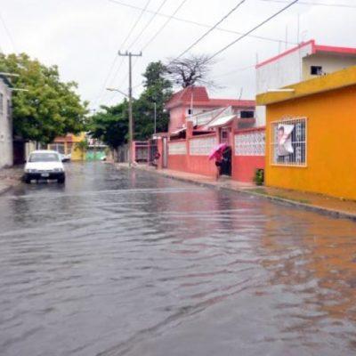Fuertes lluvias afectan a destinos turísticos del norte de QR; Cancún, parcialmente inundada