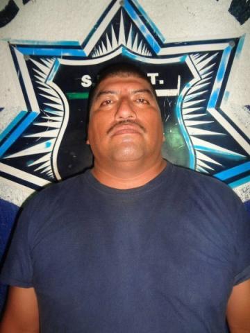 INSEGURIDAD UNIFORMADA EN CANCÚN: Por robo a un ciudadano, detienen a 2 policías de BJ