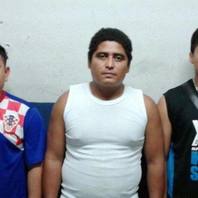 Detienen a trío con cartuchos útiles y los investigan por asesinatos recientes en Playa