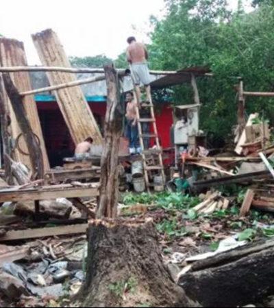 SORPRENDE TROMBA A TABASCO: Ventarrón y lluvias en Villahermosa tiran casas, árboles y aplasta carros