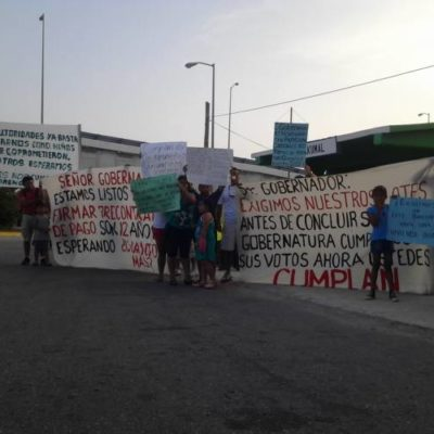 PROTESTA EN AKUMAL: Reclaman habitantes lotes prometidos para vivienda