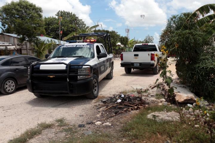 FALLIDA EJECUCIÓN EN CANCÚN: Abandonan a un hombre con un balazo en la cabeza en colonia irregular 'Mario Villanueva'