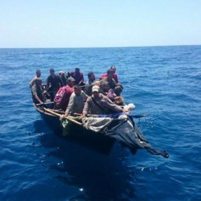 Trasladarán a Chetumal a balseros cubanos rescatados en altamar al norte de QR
