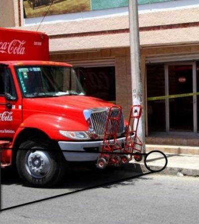 COTIDIANA INSEGURIDAD EN CHETUMAL: A punta de balazos, asaltan a conductor de camión refresquero