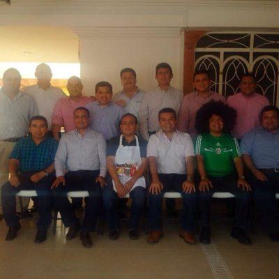 Rompeolas: Cargada de alcaldes en favor del 'candidato' de Félix