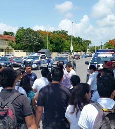 ALTO AL JINETEO DEL DINERO PÚBLICO: Protestan estudiantes del ITCH por becas atrasadas