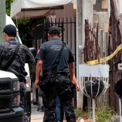 ASEGURAN CARGAMENTO DE MARIHUANA: Después de más de 24 horas de descubrir narcobodega en Cancún, se llevan más de media tonelada de droga