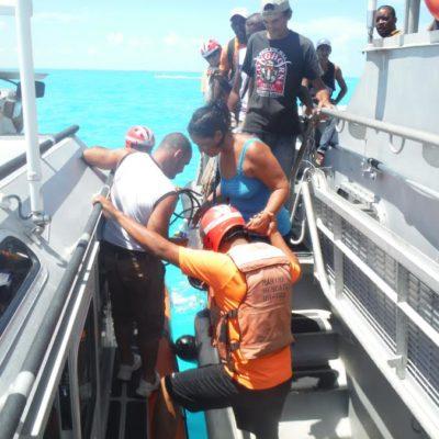 Rescata la Armada a otros 12 balseros cubanos a la deriva al norte de Cabo Catoche
