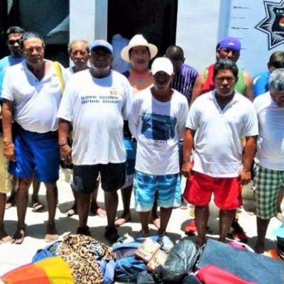 Detienen a 17 vendedores ambulantes en playa Delfines y los mandan a 'El Torito'
