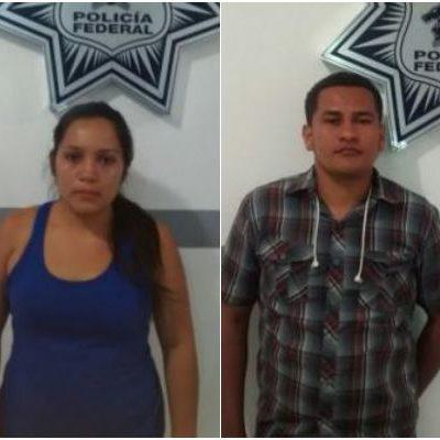Con credenciales de elector falsas, detienen en aeropuerto de Cancún a indocumentados salvadoreños y hondureños