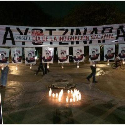 SE SOLIDARIZA QR CON AYOTZINAPA: Pese a la lluvia, se suman Cancún, Chetumal, Playa, Cozumel y FCP al reclamo nacional por normalistas