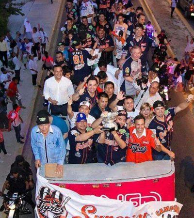 SE MONTAN EN EL CARRO DE LOS TIGRES: Celebran Gobernador y precandidatos en Cancún el campeonato de QR en la LMB
