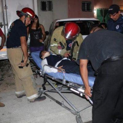Diez lesionados deja aparatoso accidente entre taxi y autobús en Cancún