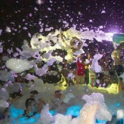 Muere ahogado un turista peruano en una fiesta de espuma del 'Mandala Beach' en la Zona Hotelera de Cancún