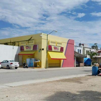 INSEGURIDAD EN PLAYA: Con un 'boquetezo', roban $50 mil en una tienda Willy's en el fraccionamiento Villamar II