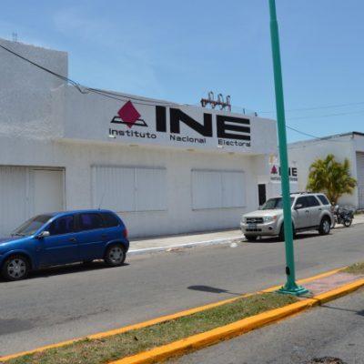 Funcionarios del INE dejan 'tirada' la redistritación de QR, acusan partidos