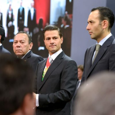 """RECICLA PROMESAS Y DESEMPOLVA DEMAGOGIA: Dice Peña Nieto en su tercer informe que el """"cambio con rumbo"""" se está cumpliendo"""