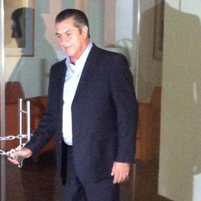"""COSTABA $400 MIL MENSUALES: Por """"lujos innecesarios y ostentosos"""", clausura 'El Bronco' la Casa de Gobierno de Nuevo León"""