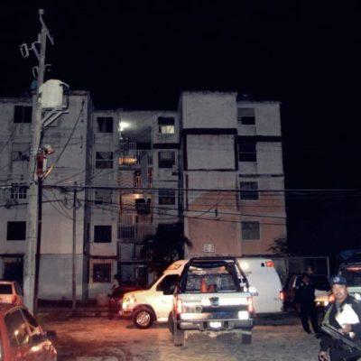 Muere joven de 20 años al caer de la azotea de edificio de 5 pisos del fraccionamiento Corales, en un presunto suicidio