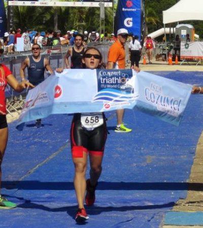 INICIA TRIATLÓN EN COZUMEL: Un veracruzano y una defeña triunfan en la categoría olímpica; sigue competencia en domingo
