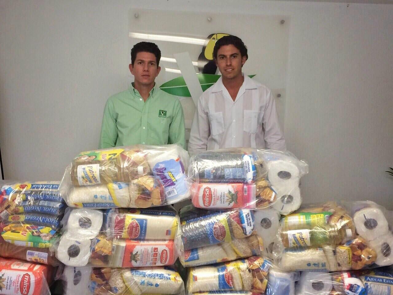 LE SALIÓ BARATA LA 'TRANSA': Multa TEPJF a Remberto Estrada con $70 mil por repartir despensas en Cancún, pero conservará diputación federal
