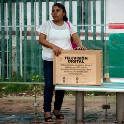 Truenan beneficiarios del reparto de televisores por informalidad de Sedesol y SCT